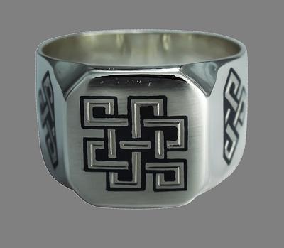 кольца из серебра знаком бесконечности